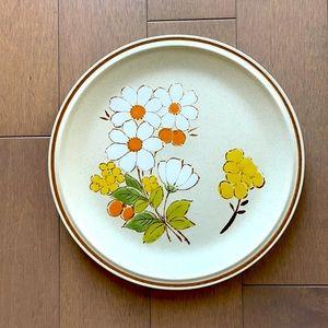 1970s Vintage Hand-painted Genuine Stoneware Plate